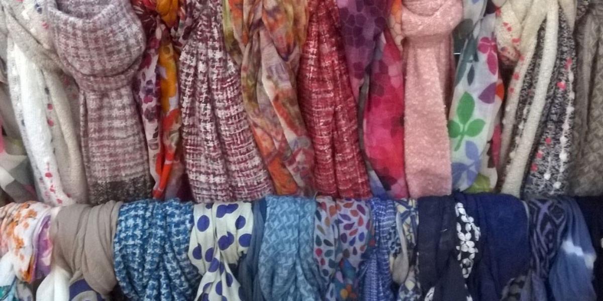 scarves-red